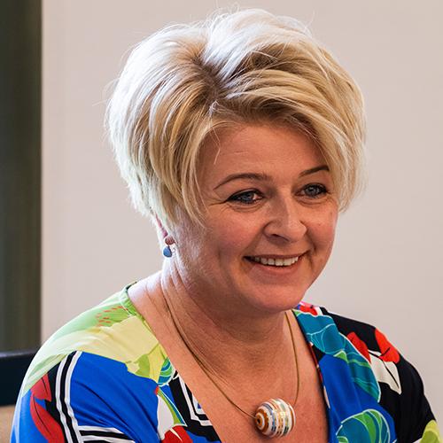 Mrs. Józsefné Cserbán